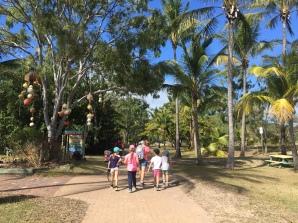 Wanderung an den Monkey Beach