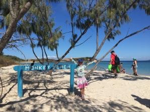 Hier kann man direkt vom Strand an ein Reef zum Schnorcheln <3