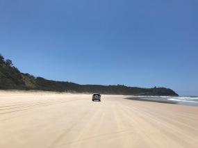 40km Strand an der North Shore von Noosa